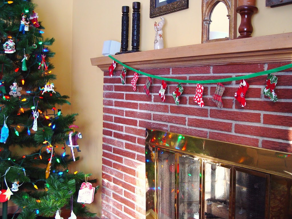 christmas stocking banner / bunting