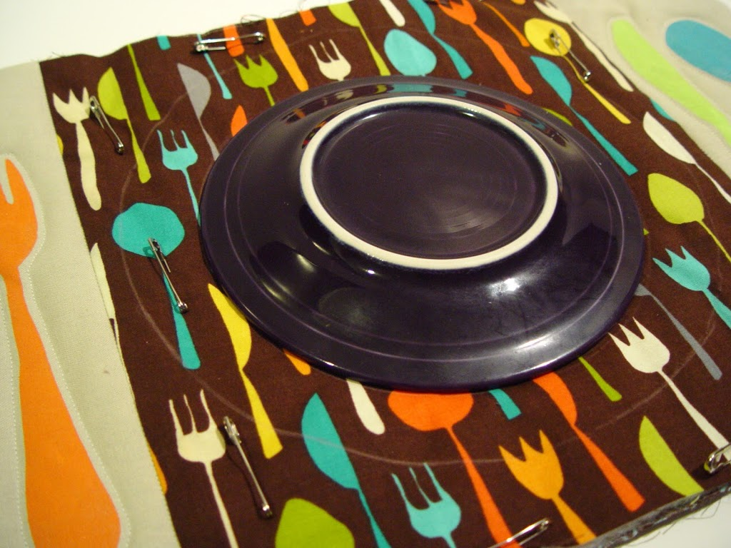 table setting placemat