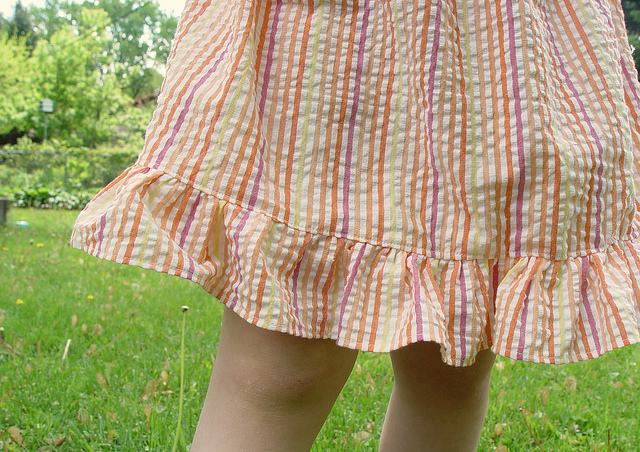 easy peasy skirt with ruffle